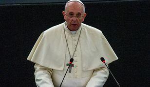 Papież pytał o migrantów. Rozmawiał z polskimi biskupami