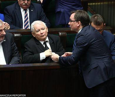 Ryszard Terlecki, Jarosław Kaczyński, Zbigniew Ziobro w Sejmie, grudzień 2017 r.