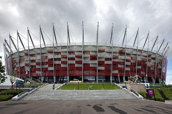 Największy w Polsce zlot foodtrucków na PGE Narodowym