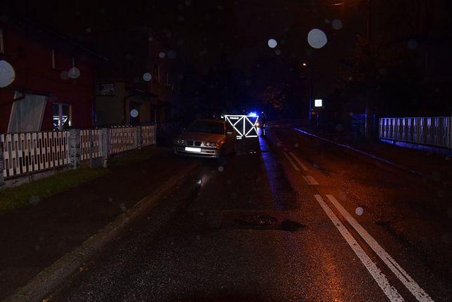 Policja apeluje o zachowanie szczególnej ostrożności przez kierujących i pieszych.