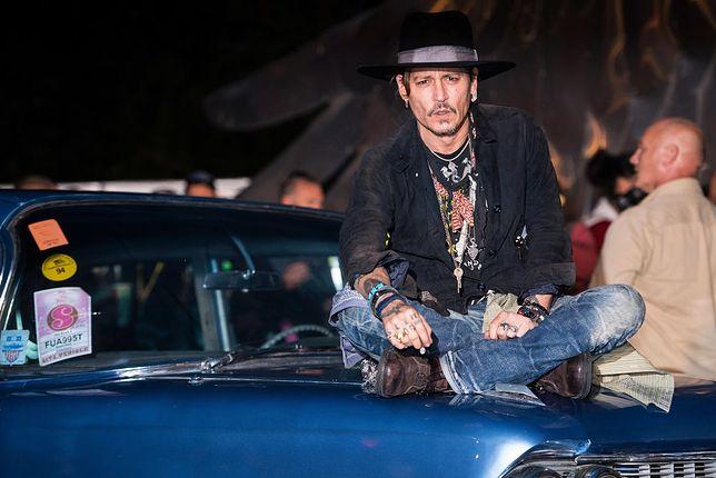 """Johnny Depp – gwiazdor bez hamulców czy ofiara spisku? """"Wydaje lekką ręką 2 mln dol. miesięcznie"""""""
