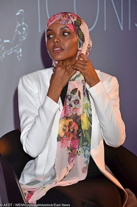 Modelka urodziła się w obozie dla uchodźców w Kenii. Niedawno wróciła do kraju, by zrobić historyczną sesję zdjeciową