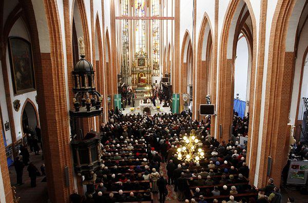 """Wielkie liczenie: powstanie """"mapa religijności"""" katolików w Polsce"""
