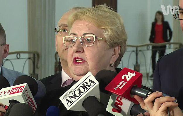 Henryka Krzywonos apeluje: poczekajmy na opinię grafologów; jestem prawie pewna, że nie jest to podpis Lecha Wałęsy