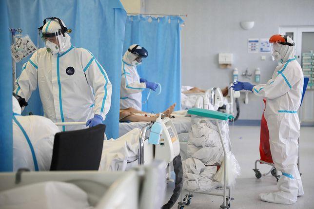 Koronawirus w Polsce. Eksperci ostrzegają przed szturmem na szpitale (zdjęcie ilustracyjne)