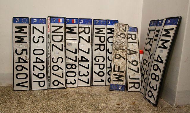 Co zrobić, gdy ukradną tablice rejestracyjne?