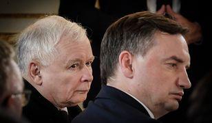 Jarosław Kaczyński oraz Zbigniew Ziobro rozmawiają w siedzibie partii przy ul. Nowogrodzkiej