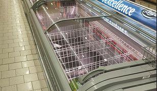 Jest olbrzymi chaos i puste półki w sklepach - informują nas czytelnicy z Francji