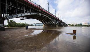 Warszawa. Fala kulminacyjna na Wiśle, podwyższony poziom rzeki