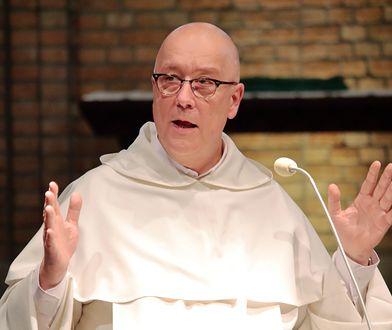 """Duchowny o komuniach dla rozwodników. """"My nie jesteśmy dystrybutorami Eucharystii"""""""