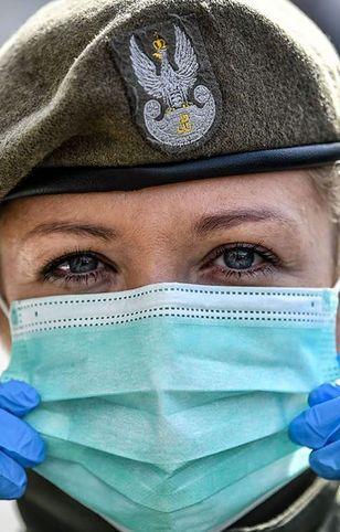 Koronawirus. Warszawa wspiera Żołnierzy Armii Krajowej