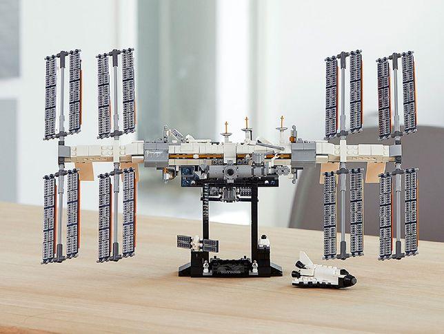 Międzynarodowa Stacja Kosmiczna z klocków Lego.