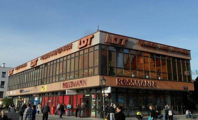 Z panoramy Gdańska jeszcze w tym roku zniknie budynek LOT-u