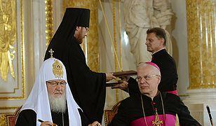 Patriarcha Moskwy i całej Rusi Cyryl I i przewodniczący Konferencji Episkopatu Polski abp Józef Michalik