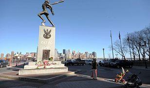Szacunku dla Pomnika Katyńskiego w Jersey City domagają się też polscy żydzi