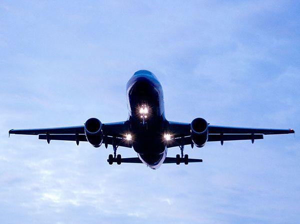 Wojskowy samolot obcego państwa nad południową Szwecją. Było o krok od katastrofy