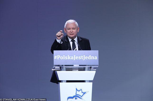 Jarosław Kaczyński w czasie Kongresu PiS w Przysusze, lipiec 2017