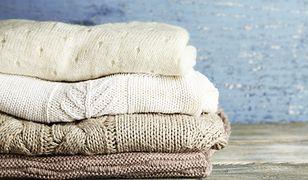 Swetry na jesień - beż, nude, ecru.
