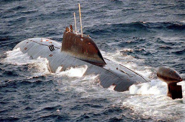 """Rosyjski podwodny okręt atomowy projektu 971 """"Szczuka"""" (""""Szczupak"""")"""