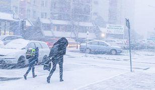 Synoptycy ostrzegają przed śnieżycami i... gołoledzią