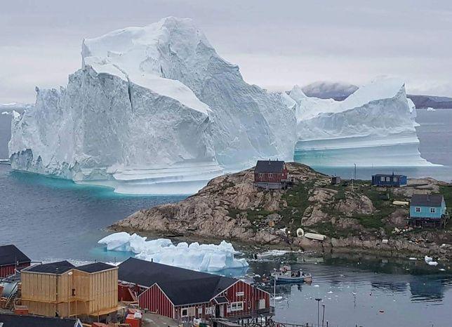 Z powodu góry lodowej ewakuowano 170 osób