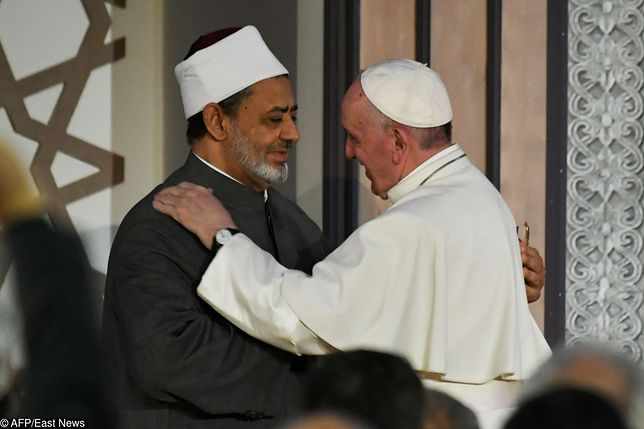Papież Franciszek pomaga chrześcijanom w Egipcie. Niewiele zostało z nauk Jana Pawła II