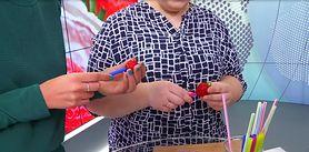 Sprytny trik na obieranie truskawek (WIDEO)