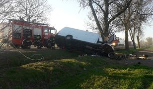 Tragiczny wypadek na drodze krajowej nr 91 pod Krośniewicami (woj. łódzkie). Zginęły w nim dwie osoby