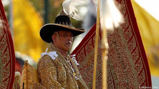 Niemcy. Trwa spór wokół króla Tajlandii