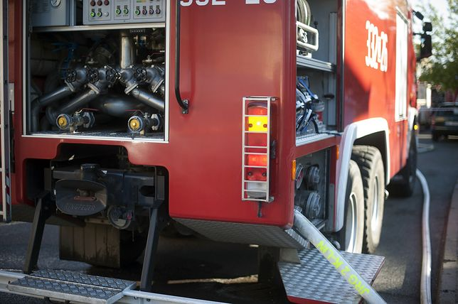 W pożarze budynku w Bytomiu zginęła jedna osoba.