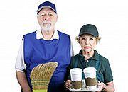 Dłużej pracujemy, spada liczba emerytów