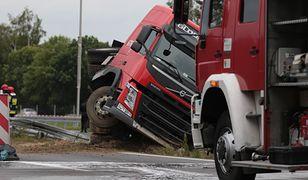 Pijany kierowca ciężarówki zjechał z drogi w Chłopicach (zdjęcie ilustracyjne)