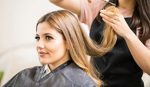 Cieniowanie włosów dodaje objętości