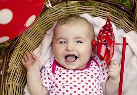 Zabawa w łaskotki może korzystnie wpłynąć na rozwój twojego dziecka