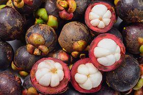 Egzotyczne owoce, o które warto wzbogacić dietę dziecka