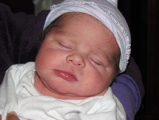 Noworodek zaraz po porodzie
