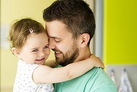 4 pomysły dla taty na kreatywną zabawę z dzieckiem