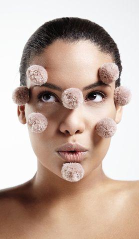 Jak jedzenie wpływa na skórę i 9 innych rzeczy, które musisz wiedzieć o trądziku