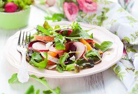 Warzywne i owocowe sałatki poniżej 200 kcal