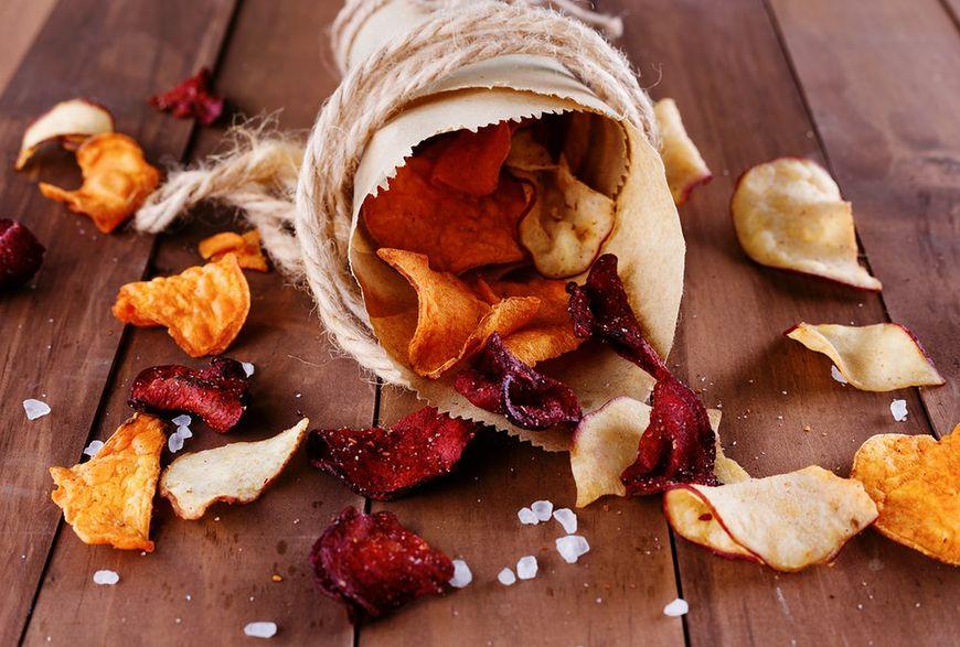 Przyrządź domowe chipsy