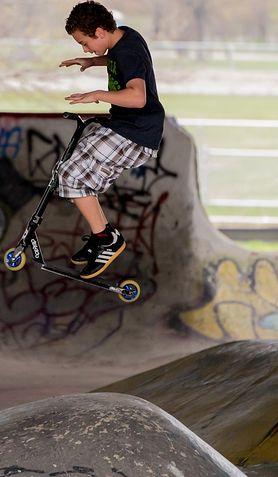 Ewolucje na skateparku - czy są bezpieczne?