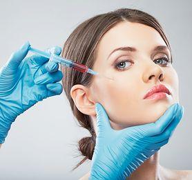 Zabiegi z botoksu - czy to na pewno bezpieczny sposób poprawiania urody?
