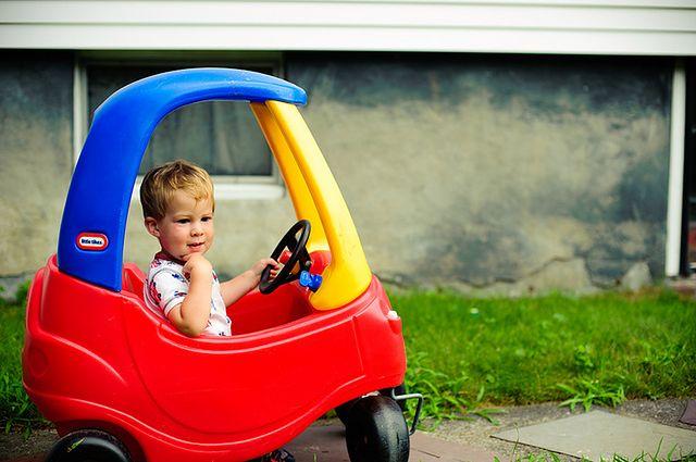Samochód zabawka dla dziecka