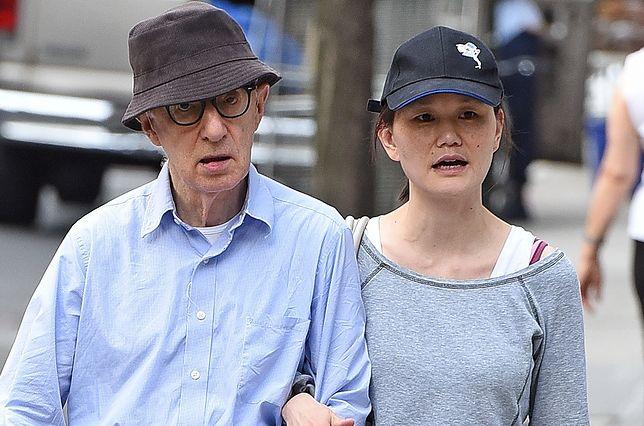 Woody Allen pisze, jak wyglądał ślub z kobietą, która wcześniej była jego adoptowaną córką