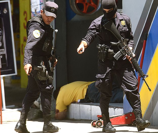 Jeden z najniebezpieczniejszych krajów świata. 580 zabójstw od 1 sierpnia