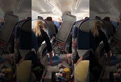 Koszmar na pokładzie samolotu. Trzy osoby trafiły do szpitala