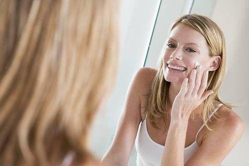 Nadmiar wydzielanego sebum znacząco wpływa na kondycję skóry twarzy