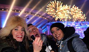 Sylwester w Zakopanem przyciągnął tłumy. Nie uszło to uwadze internautów i publicystów
