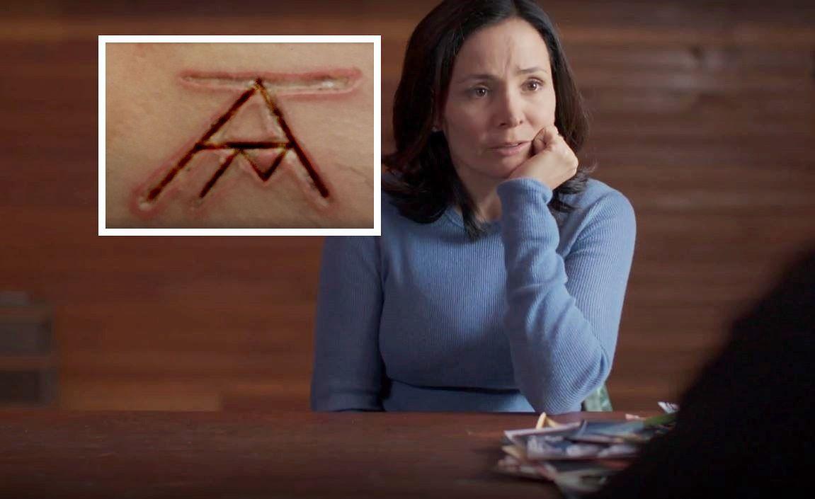 NXIVM to sekta, przeciwko której toczy się dziś śledztwo FBI. Sarah Edmondson była jedną z pierwszych osób, które wyznały policji, co tam się działo