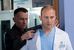 """""""Lekarze"""": Szaleniec z bronią sterroryzuje pracowników szpitala"""